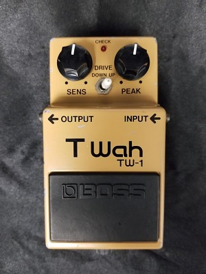 (USED) Boss MIJ TW-1 Touch Wah Guitar Effects Pedal